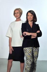 Rosa Díez y Elena Biurrum